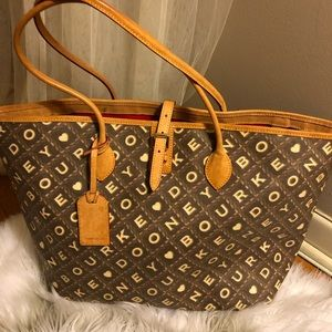 Dooney and Bourke Heart Crossword Cindy tote bag